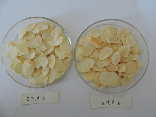 Garlic flakes without root
